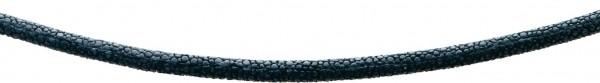 Collier 43 cm mit 5 cm Verlängerungskette. Ein anschmiegsames Ledercollier schwarzer Rochen 5mm Durchmesser mit stabilem Karabinerverschluss aus echtem Silber Sterlingsilber 925/-. Dazu gibt es auch den passenden Armreif (Art.-Nr.: 290490000) – zusammen
